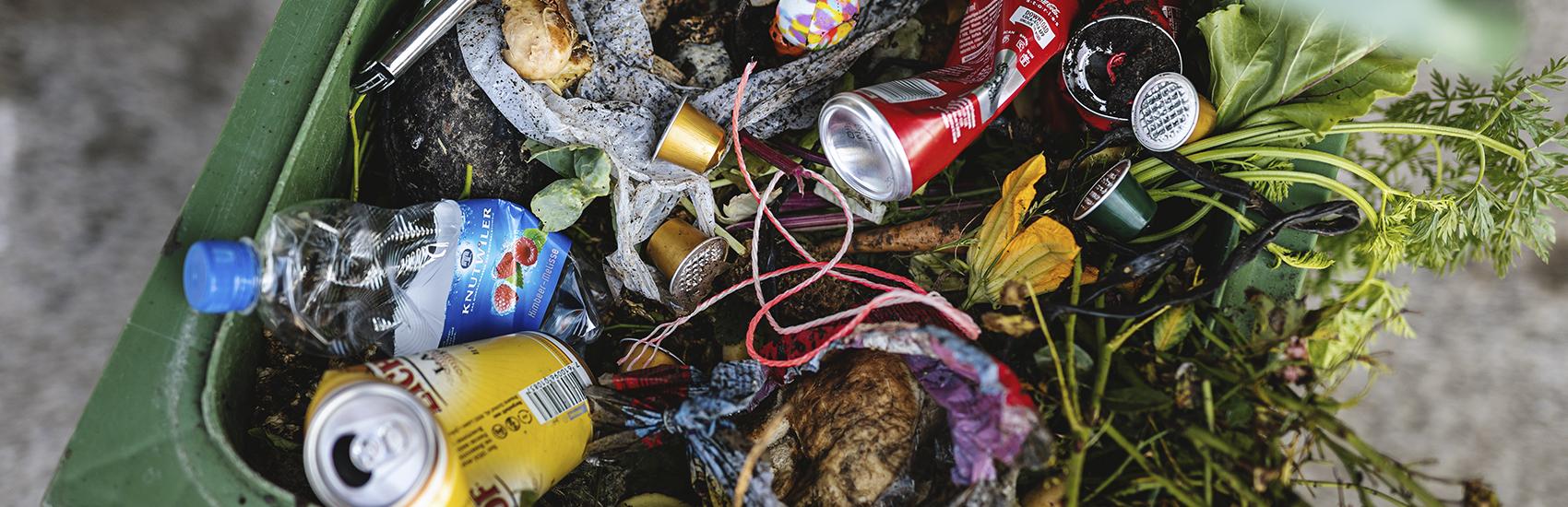 Rohstoffe für Kompost die nicht geeignet sind für die Kompostieranlagen der Qualikomp AG in Emmen